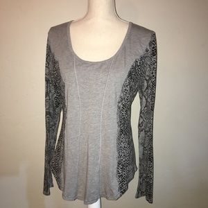 """Lululemon """"Between The Lines"""" With Snake Print"""